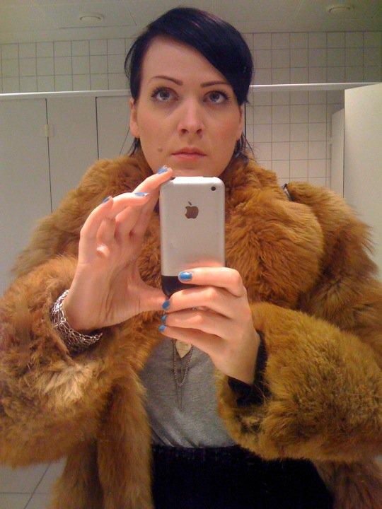Þarna tók ég selfie fyrir fyrsta daginn minn í TBS. Góðar augabrúnir.