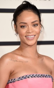 rs_634x1024-150208190343-634-rihanna-beauty-grammys.jw.2815