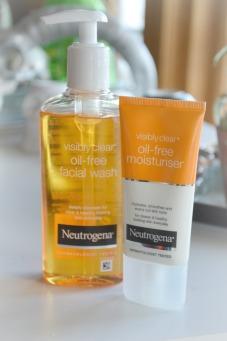neutrogena oil free