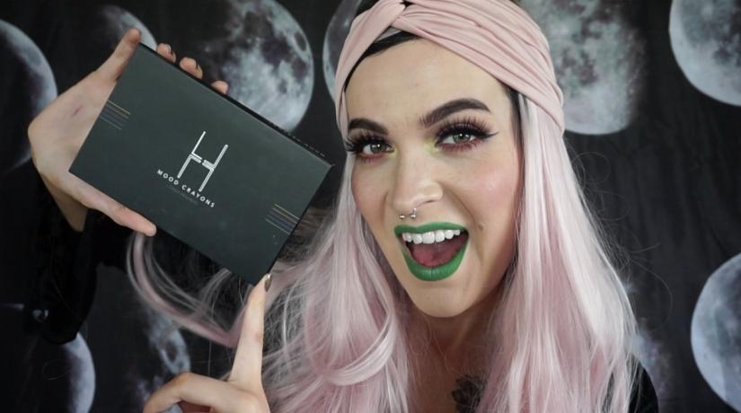 Myndband: LH Cosmetics Mood Crayonsgjafaleikur!